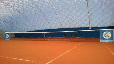 Tennisspielen im Winter